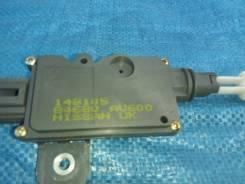 Датчик открытия крышки багажника. Nissan Primera, P12E Двигатели: F9Q, QG16DE, QG18DE, QR20DE, YD22DDT
