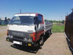 Toyota Dyna. Продам грузовик тойота дюна 94г двс после кап ремонта новая поршневаяе, 3 000куб. см., 2 000кг., 4x2