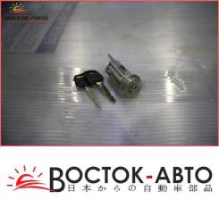 Личинка замка Toyota Caldina ST191 3SFE (6905720320,6957020190)