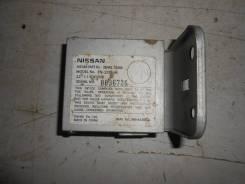 Блок управления камерой заднего вида [284A17S000] для Infiniti QX56 I
