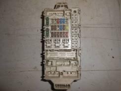 Блок предохранителей [MR952263] для Mitsubishi Lancer IX