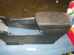 Подлокотник [KD4564420A] для Mazda CX-5