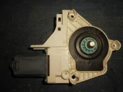 Моторчик стеклоподъемника задний левый [8K0959801B] для Audi A6 C7, Audi Q5, Volkswagen Touareg II [арт. 218928-2]