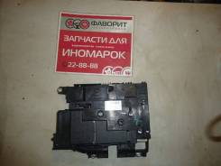 Блок предохранителей [7P0937548F] для Volkswagen Touareg II