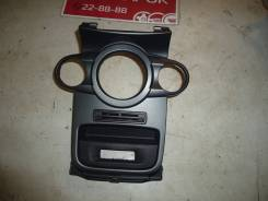 Накладка декоративная на блок управления отопителем [C1BB18D422CBW] для Ford Fiesta VI