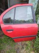 Дверь Nissan Primera P10, правая задняя