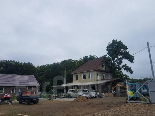 Большой Земельный Участкок 1гектар с 3-мя Домами в п. Новом. 10 000кв.м., собственность, электричество, вода. Фото участка