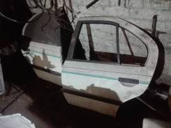 Дверь задняя правая Nissan Primera P10