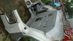 Правая задняя часть кузова Mitsubishi Pajero iO Pinin 4G93 4G94 MR465272