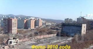 Земельный участок под цели производства ( П-1 ) с 3-х этажным зданием. 4 845кв.м., собственность, электричество, вода. Фото участка