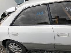 Дверь задняя правая бело-серая(2CF) Toyota Mark II JZX100 73000km