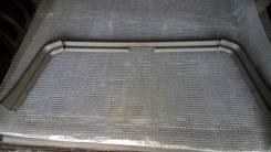 Обшивка стекла двери багажника верх