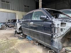 Дверь боковая передняя правая Toyota Crown Majesta UZS173