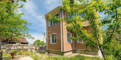 Продается дом в центре города Владивостока с земельным участком. Улица Фонвизина 6, р-н Некрасовская, площадь дома 213,9кв.м., площадь участка 619к...