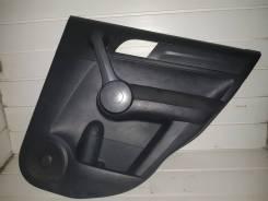 Обшивка двери задняя правая Honda CR-V 2007-2012г