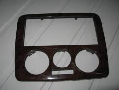 Рамка магнитолы Skoda Octavia (Рамка магнитолы) [1U186339901C]