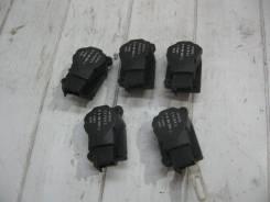 Моторчик заслонок отопителя Merсedes-Benz C 209 CLK (Моторчик привода заслонок отопителя) [2038201642]