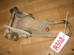 Кронштейн крепления задней рессоры левый Fiat Ducato 2004 (Кронштейн крепления задней рессоры) [1305592080]