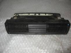 Дефлектор воздушный в торпедо центральный Audi 100 [C4] 1991-1994 (Дефлектор воздушный) [4A1820951B]