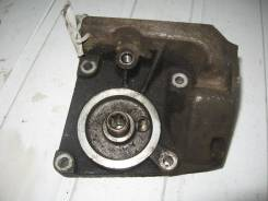 Кронштейн масляного фильтра Ford Focus II