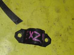 Крепление стабелизатора переднее правое левое TOYOTA RAUM EXZ10