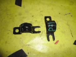 Крепление стабелизатора переднее правое левое NISSAN BLUEBIRD/PRIMERA U14/P11