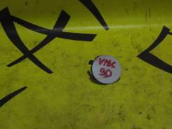 Заглушка бампера буксировочной петли TOYOTA VITZ KCP90/SCP90