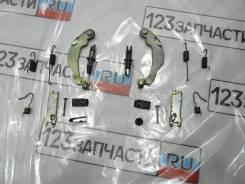 Механизм колодок ручного тормоза Toyota Avensis AZT251