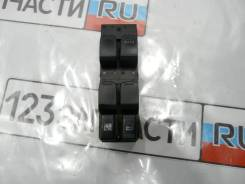 Блок управления стеклоподъемниками Suzuki Escudo TD54W