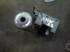 Крепление запасного колеса. BMW X3, E83