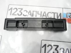 Крышка салонного фильтра Toyota Harrier MCU15