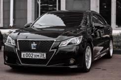 Toyota Crown. Без водителя