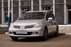 Nissan Tiida. Без водителя