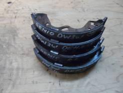 Колодки тормозные барабанные Mazda Demio DW3W комплект D1Y22638ZB