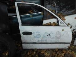 Дверь правая Toyota Caldina ET196, #T19#