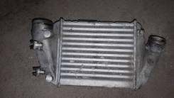 Интеркулер Audi A4B6 2004 [8E0145805M] 2, левый