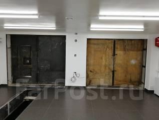Продам тёплый гараж на две машины. Тёплые полы. Яма. Погреб. Зимой +30°. улица Радищева 2, р-н Индустриальный, 75,0кв.м., электричество, подвал.
