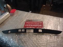 Накладка крышки багажника [A2217580108] для Mercedes-Benz S-class W221