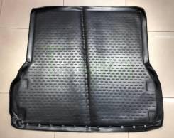 Коврик в багажник. Nissan Pathfinder