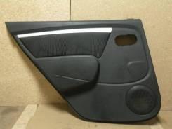 Обшивка двери Renault Sandero, левая задняя