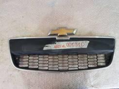Решетка нижняя часть + эмблема Chevrolet Aveo 2 (T300)