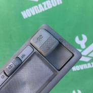 Кнопка люка VW Golf 3 Vento 91-97