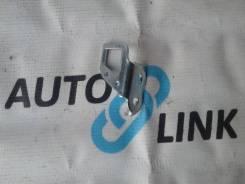 Крепление крышки багажника. Toyota: Corona, Windom, Cressida, Crown, Vios, Sprinter Trueno, Corolla, Tercel, Vista, Carina, Sprinter, Vista Ardeo, Mat...
