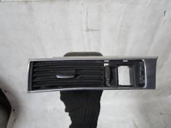 Решетка вентиляционная. Audi A6, 4F2, 4F2/C6, 4F5, 4F5/C6 Audi A6 allroad quattro, 4FH Audi RS6, 4F2, 4F5 Audi S6, 4F2, 4F5 ASB, AUK, BNG, BPP, BSG, B...