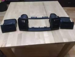 Рамка магнитолы. Toyota Corolla, NZE121