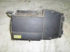 Корпус воздушного фильтра Mercedes Benz W204 [A2710900901]