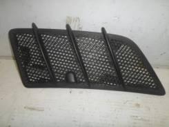 Решетка в капот Mercedes Benz W164 [A1648804405], правая