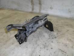 Кронштейн радиатора Mercedes Benz W220 [A2206202031], правый