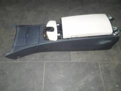 Подлокотник Mercedes Benz W221 [A22168021398L42A22168021509E24]
