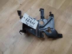 Кронштейн топливного фильтра Ford Focus II 2010 (Кронштейн топливного фильтра) [4M5Q9A072AH]
